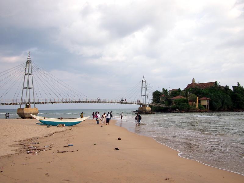 P2178630-beach-bridge.JPG