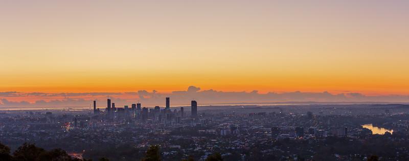 2018_07_28_Lunar Eclipse & Brisbane Sunrise-2.jpg