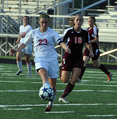 Albemarle girls soccer wins in CD semis 2011