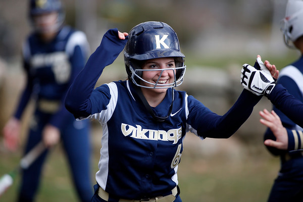 Vikings Varsity Softball April 2018