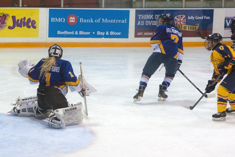 20130310 QWHockeyvsUBC 382.jpg
