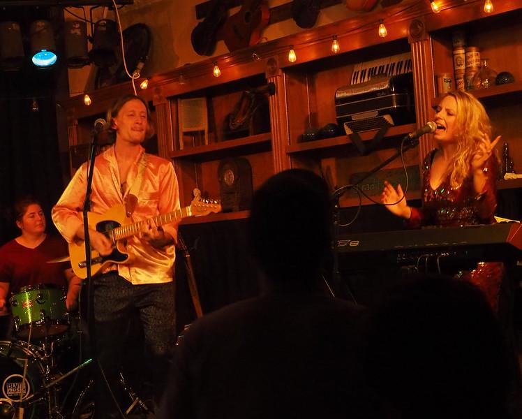 Purple Fiddle Emmas Lounge 9.JPG