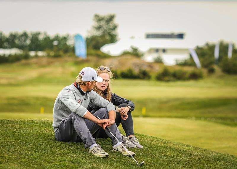 Rúnar Arnórsson, GK, og Signý Arnórsdóttir,  Mynd/seth@golf.is