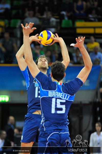 Dragan Travica [ITA] palleggio - Italia-Iran, World League 2013 - Modena