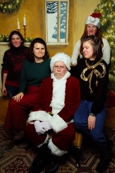 Pictures with Santa Earthbound 12.2.2017-165.jpg