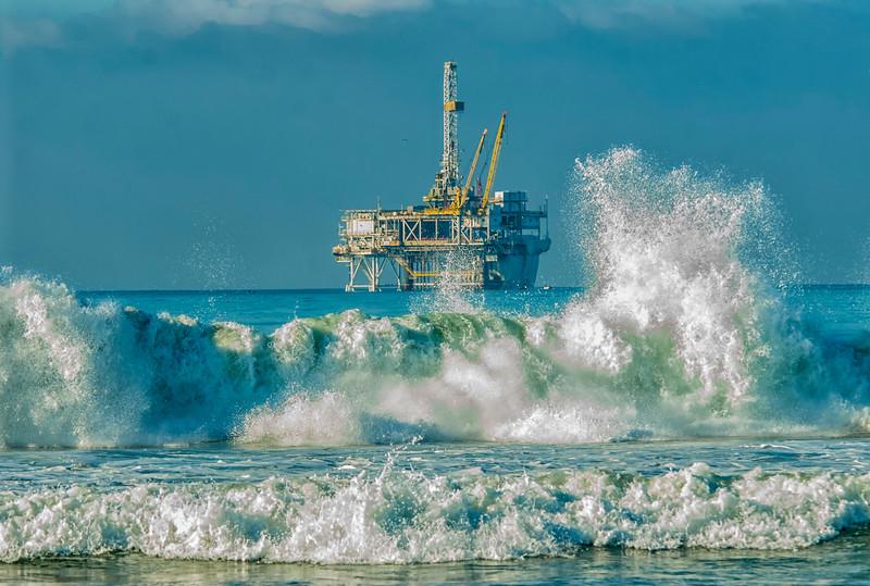 Surf Oil Rig 3.jpg