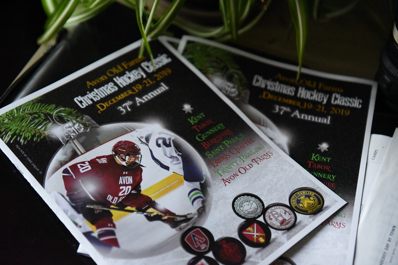 12.20.19_Christmas Hockey Classic Reception