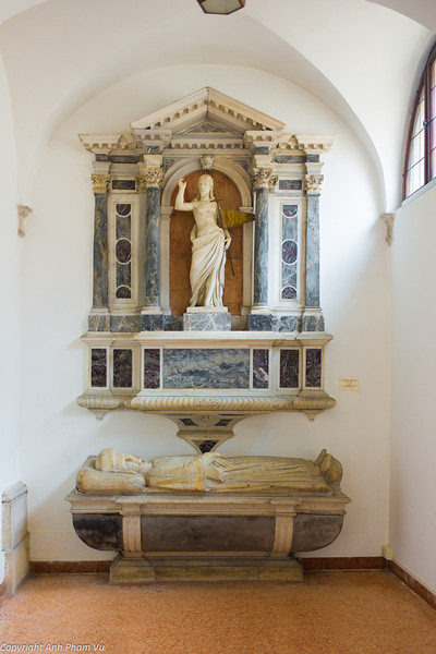 Uploaded - Nothern Italy May 2012 0971.JPG