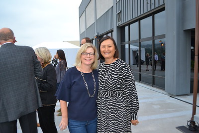 USC-VHH Hosts Happy Hour on the Roof