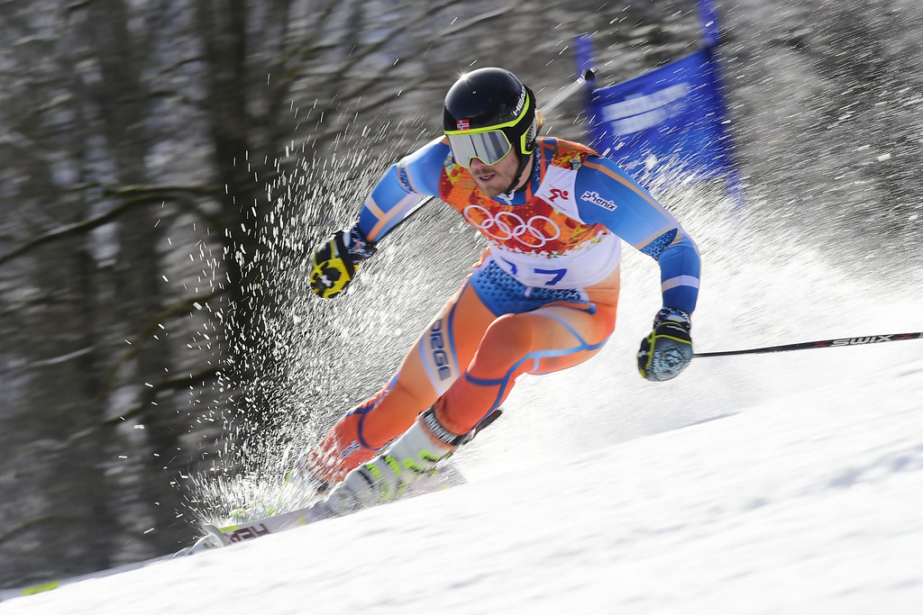 . Norway\'s Kjetil Jansrud competes during the Men\'s Alpine Skiing Giant Slalom Run 2 at the Rosa Khutor Alpine Center during the Sochi Winter Olympics on February 19, 2014.      AFP PHOTO / FABRICE COFFRINI  /AFP/Getty Images