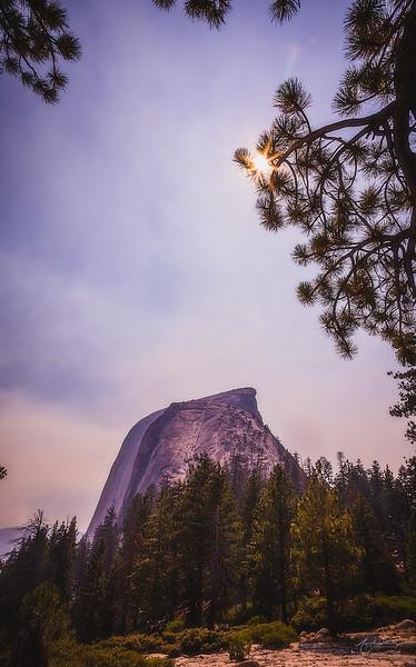 08_10-13_2017_Yosemite_HalfDome_Sunrays_01.jpg