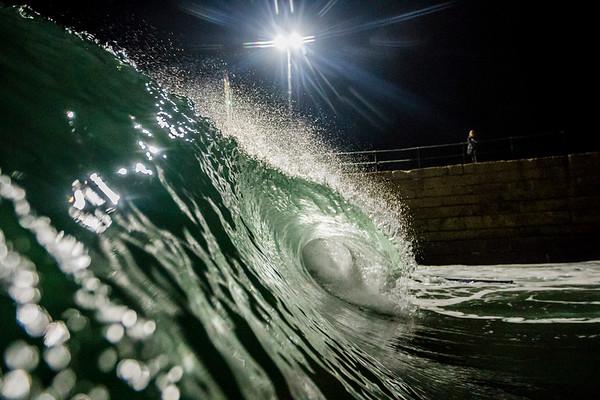 2017-10-26: Night Surf R2