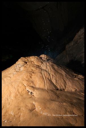 Worleys Cave 04-13