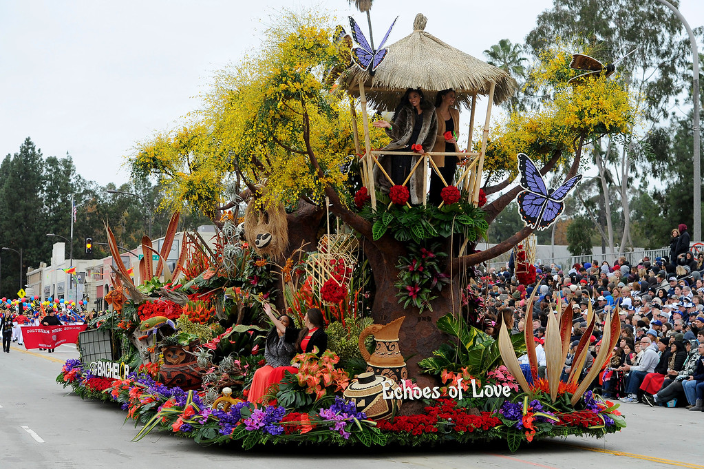 ". The Bachelor, ""Echoes of Love,\"" winner of the Presidents\' Trophy for Most effective floral use and presentation, rolls along the 128th Rose Parade in Pasadena, Calif., Monday, Jan. 2, 2017. (AP Photo/Michael Owen Baker)"