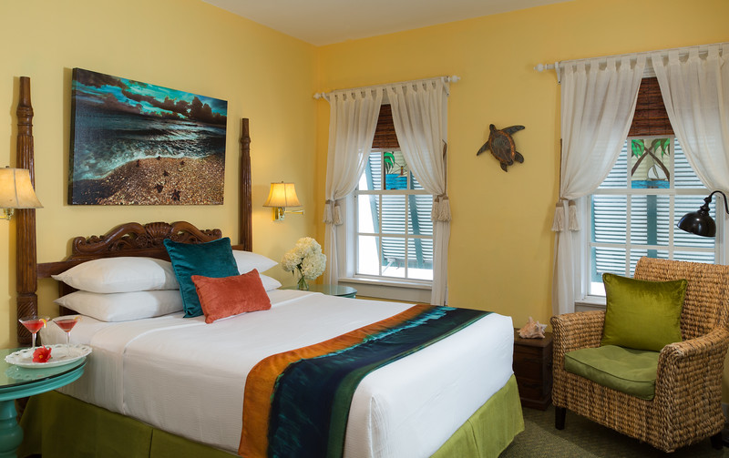 Tropical Inn - Credit Jumping Rocks