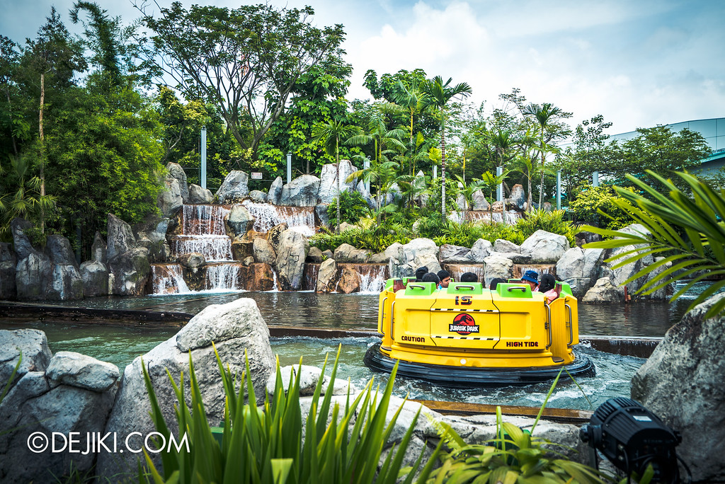 Universal Studios Singapore - Park Update May 2016 / Jurassic Park Rapids Adventure Finale