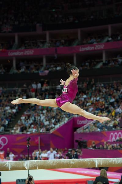 __02.08.2012_London Olympics_Photographer: Christian Valtanen_London_Olympics__02.08.2012__ND43890_final, gymnastics, women_Photo-ChristianValtanen