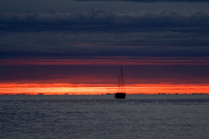 Sailing in the Sunset 3.jpg