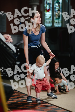 © Bach to Baby 2018_Alejandro Tamagno_Kensington_2018-06-27 010.jpg