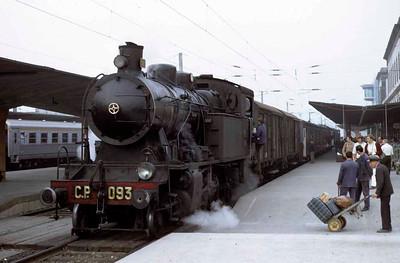 Porto broad gauge steam, 1972