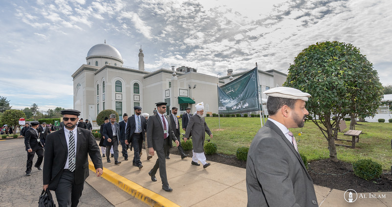 Huzur Trip of USA 2018, Tuesday, BTR Inspection-2590.jpg