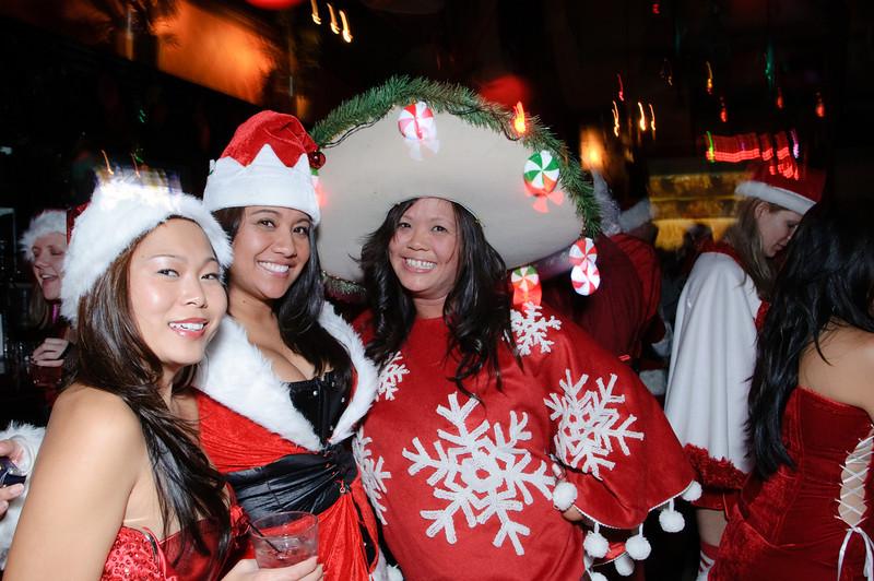 2009 ALS Santa Crawl-167.jpg