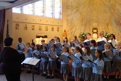 2013-12-13 Chateau de Notre Dame Choir Performance