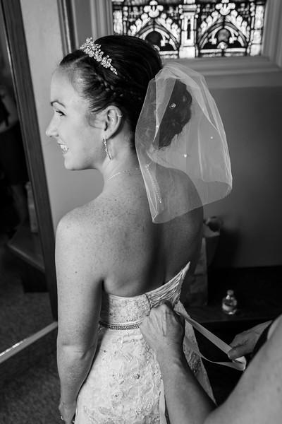 Jennie & EJ Wedding_00142-BW.jpg