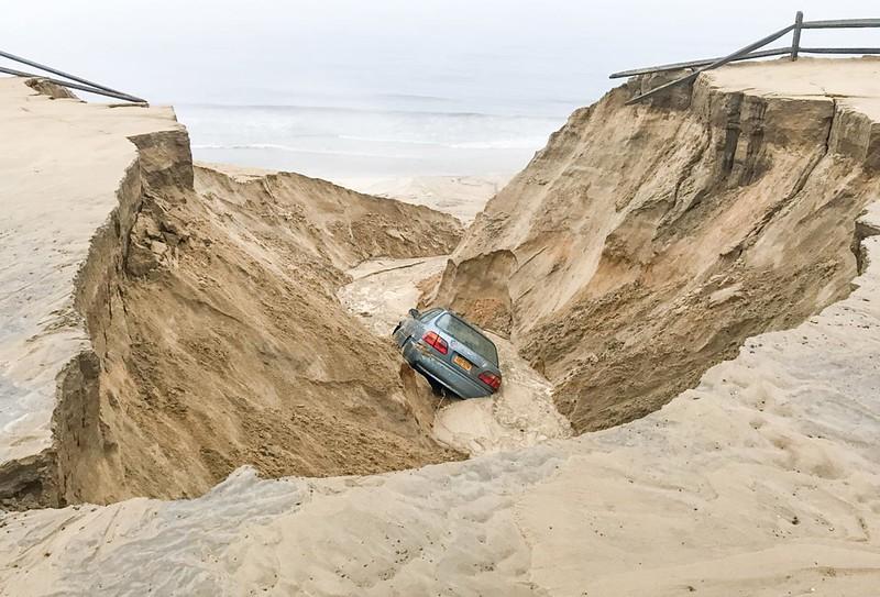 car-dune_1280.jpg