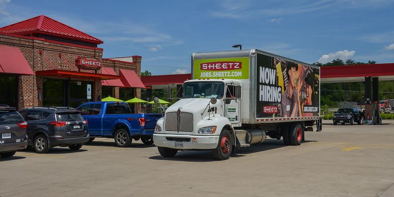 sheetz truk 2000-70-1262.jpg