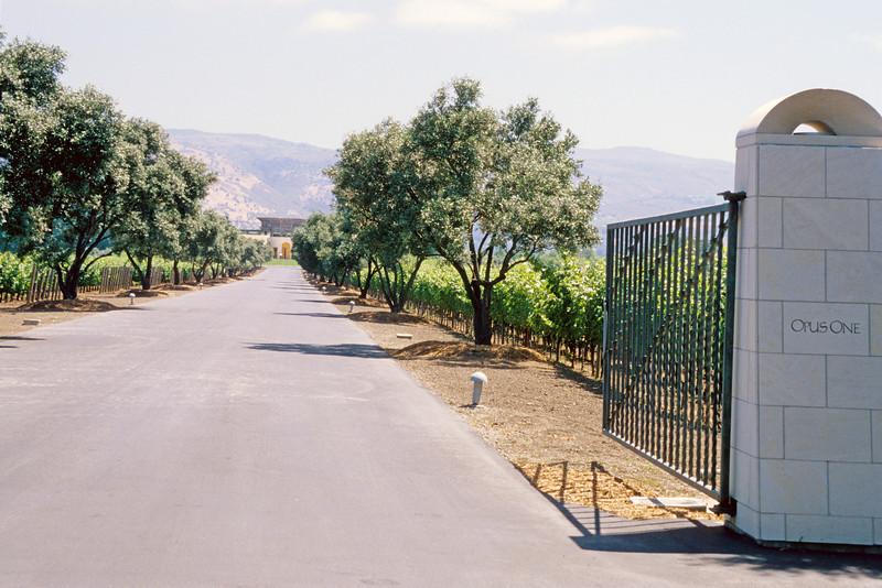 Opus One 1.jpg