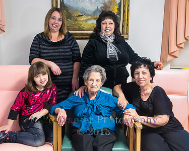 5 Generations of Women with Lucille Goodrich, Matriarch