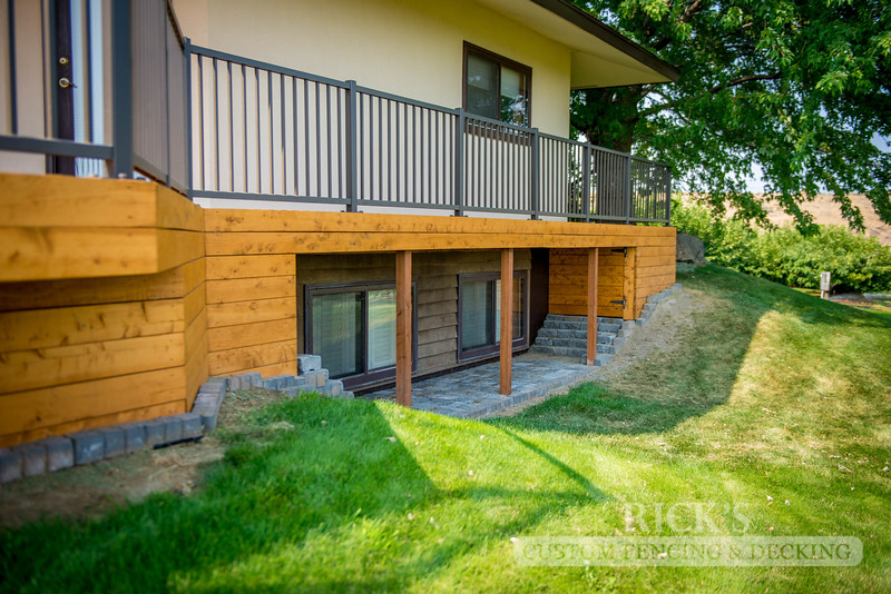 1007 - Stained Port Orford Cedar Decking with Aluminum Handrail