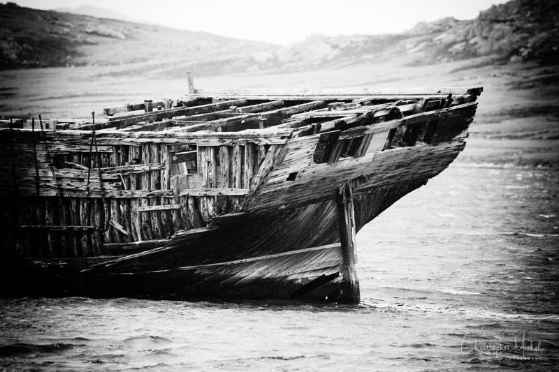 wreck_ashore.jpg