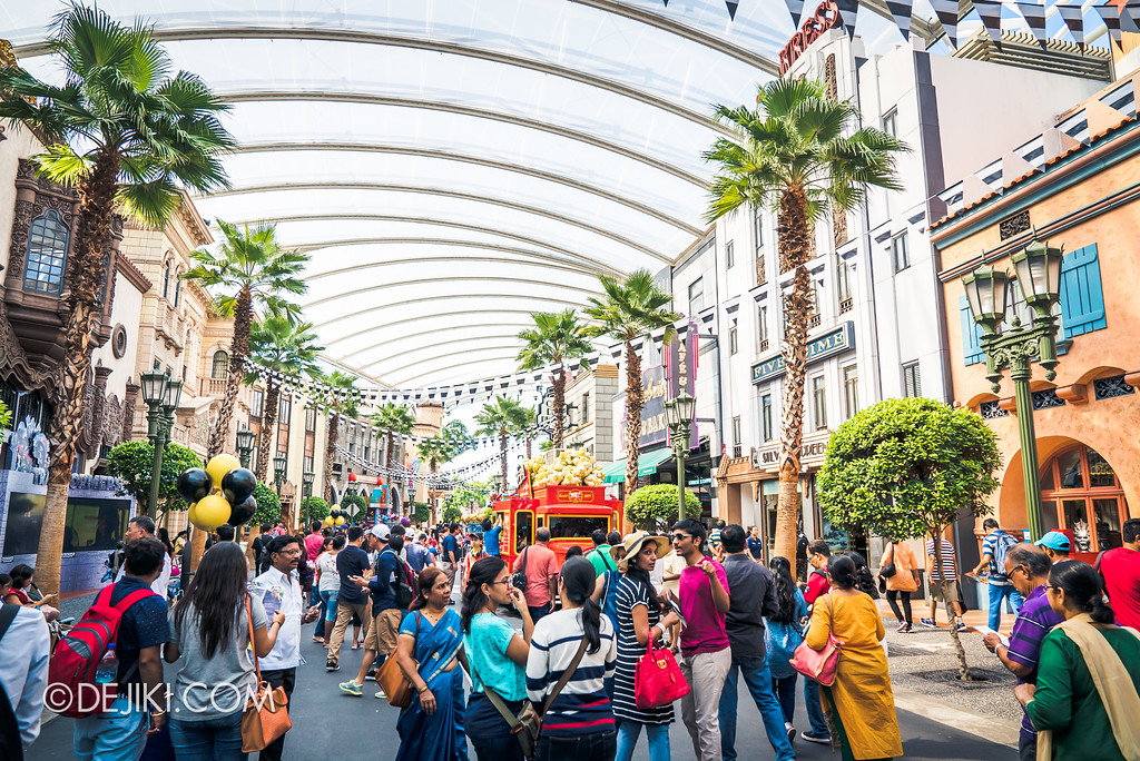 Despicable Me Breakout Party at Universal Studios Singapore / Jailbird Buntings
