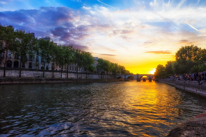 Seine_Sunset.jpg