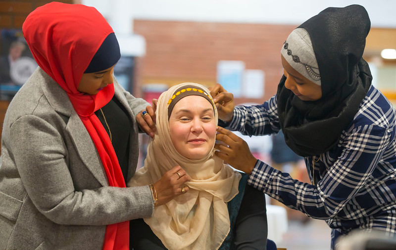 01/02/2017.  World Hijab Day 2017 at Waterford Institute of Technology. Picture at Waterford Institute of Technology (WIT) who hosted an event for World Hijab Day 2017 at WIT's main campus, Cork Road, Waterford City. Pictured are Fartoon Ahmed Waterford, Dr. Una Kealy, Lecturer at WIT trying on a Hijab and Khadijat Umar Waterford. Picture: Patrick Browne