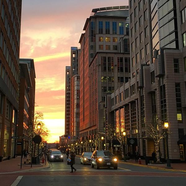 20160204 013 sunset at Reston Town Center.JPG