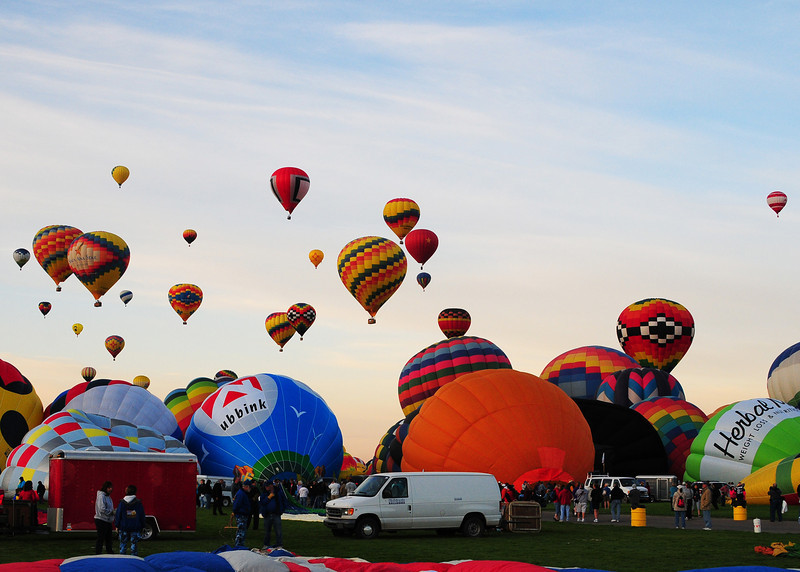 NEA_5547-7x5-Balloons.jpg