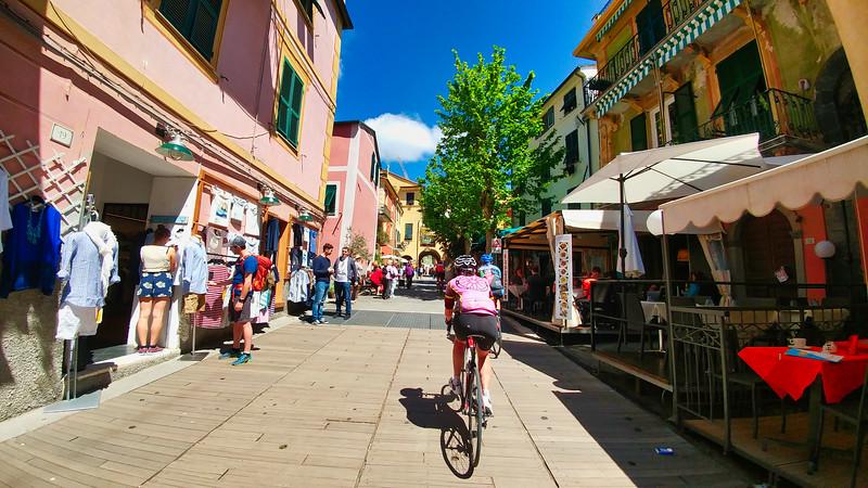 2019 Italy Cycling Trip-117.jpg
