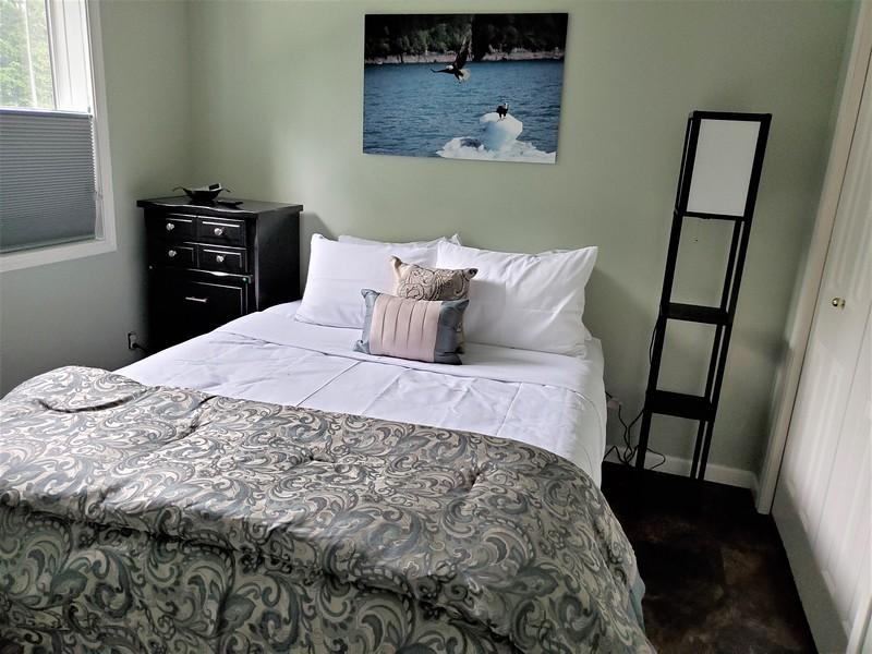 Eagles Nest 2nd Bedroom.jpg