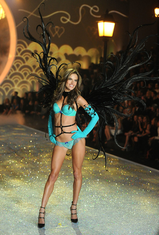 . Model Alessandra Ambrosio walks the runway at the 2013 Victoria\'s Secret Fashion Show at Lexington Avenue Armory on November 13, 2013 in New York City.  (Photo by Jamie McCarthy/Getty Images)