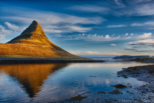 ICELAND (ISLANDIA)