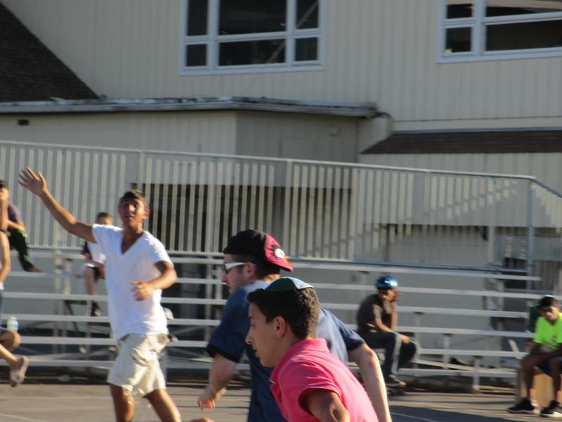 kars4kids_thezone_camp_boys_basketball (5).JPG