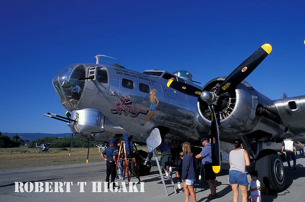 B-17 Flying Fortress bomber ride