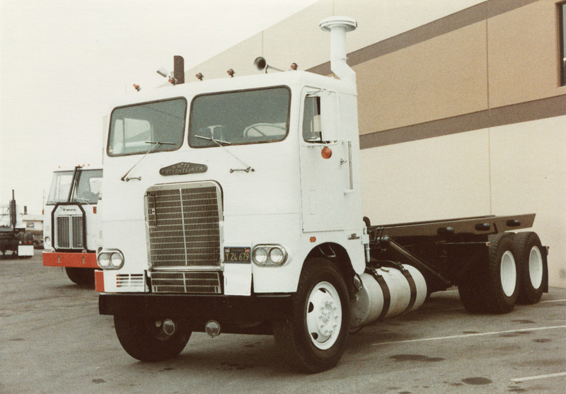 White Freightliner Roll Off
