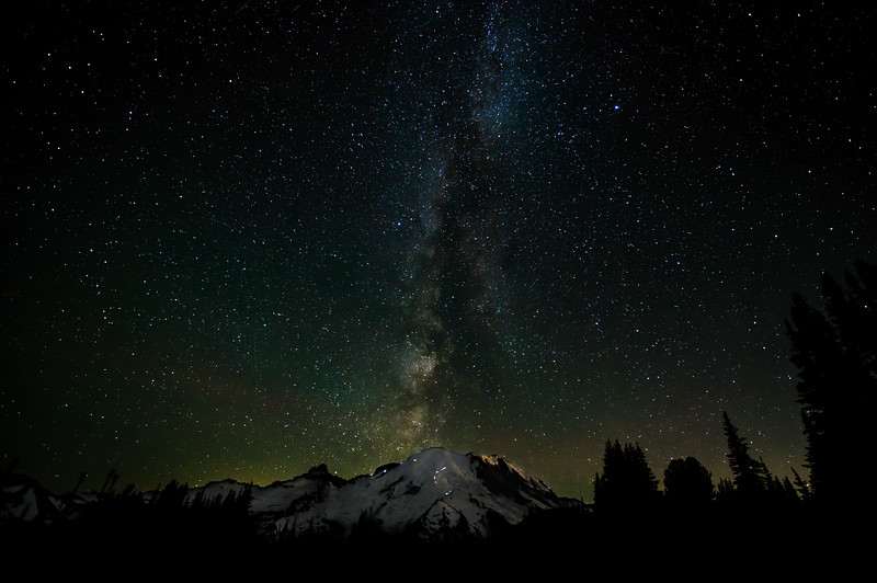 Astrophotography / Mount Rainier