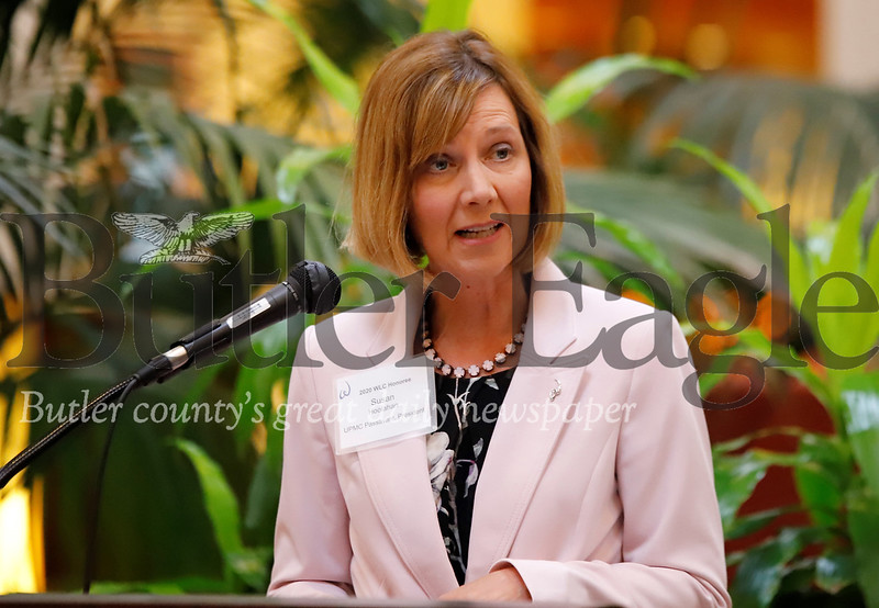 Butler Region United Way Women's Leadership Council Honoree and president of UPMC Passavant Susan E. Hoolahan speaks at Thursday's WLC Spring Mixer at the Pitsburgh Marriot North. Seb Foltz/Butler Eagle
