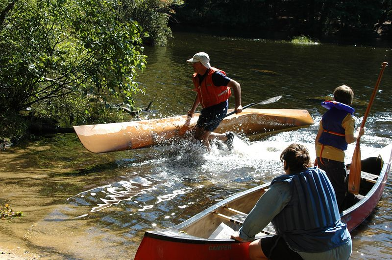 Aims lands at the canoe launch   (Sep 12, 2004, 10:59am)  And here is Aims pulling (ok, running) into the canoe launch.  All canoe's have to be returned to the canoe launch before you are allowed to finish the course.