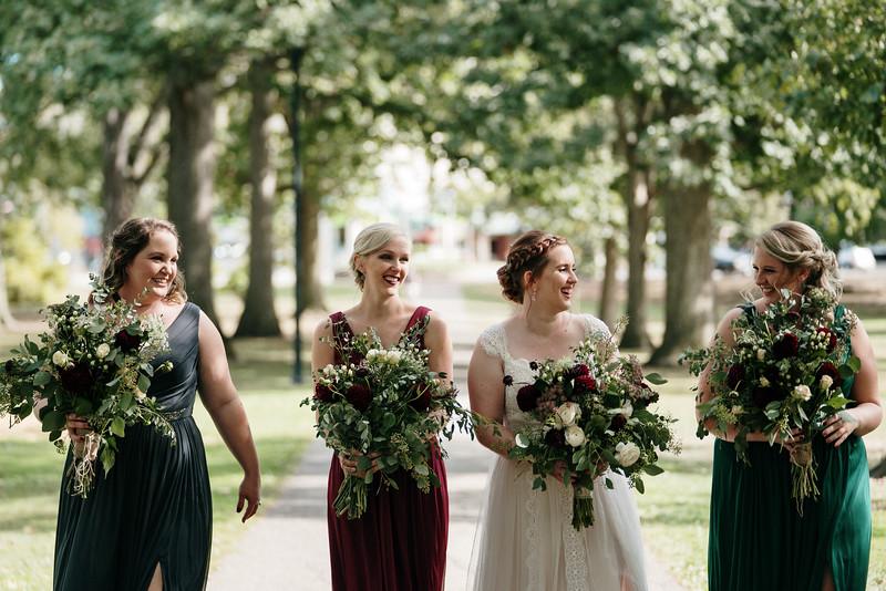 rustic_ohio__fall_barn_wedding-110.jpg